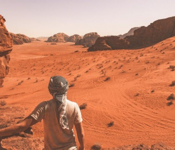 Do-I-need-a-guide-in-Wadi-Rum-2-1024x576